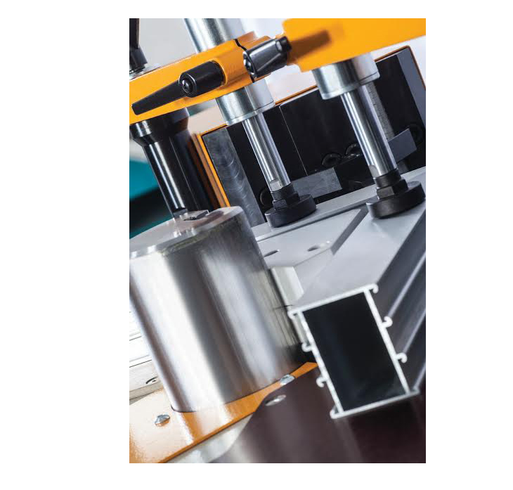 APIS-02 H Hydraulic Corner Crimping Machine 4