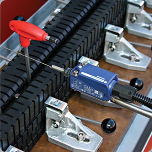 FORNAX Motorized Vinyl (PVC) Hot Liquid Profile Bending Machine 3