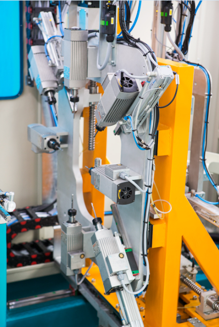 PVC profile processing machine 4