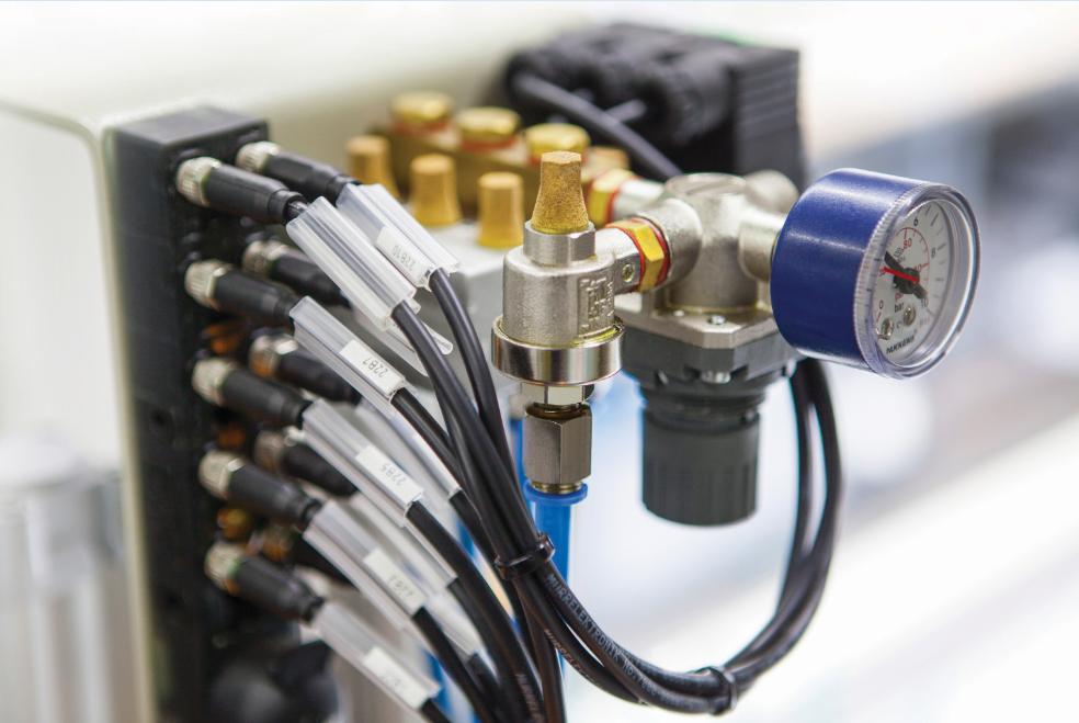 PVC profile processing machine 7