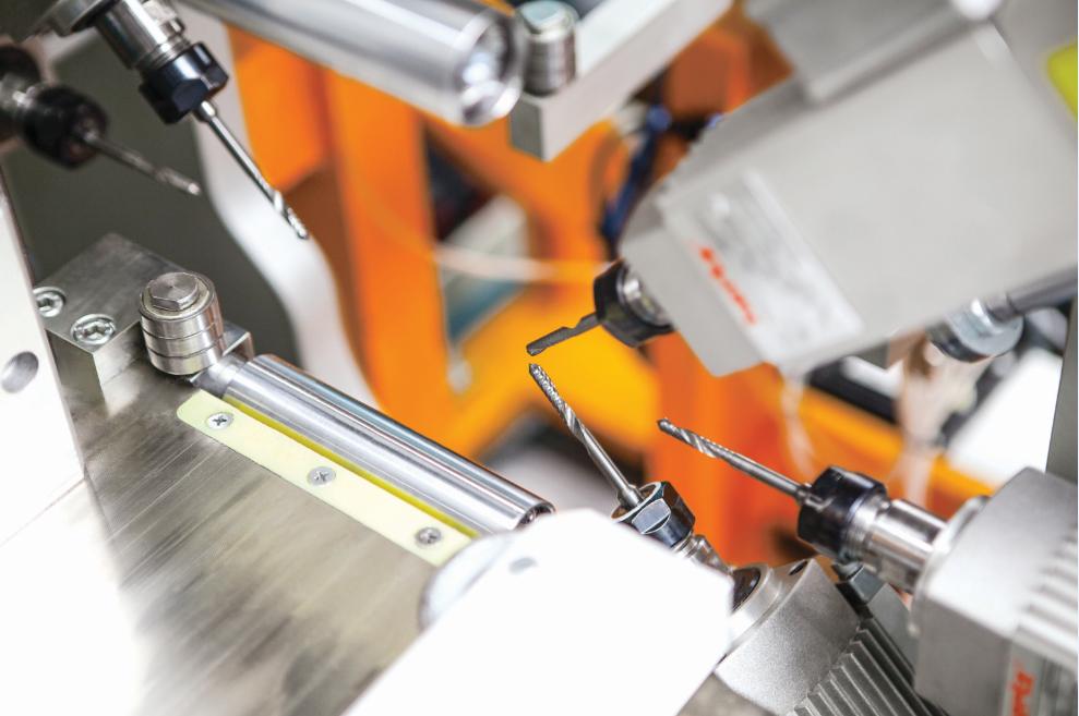 PVC profile processing machine 9